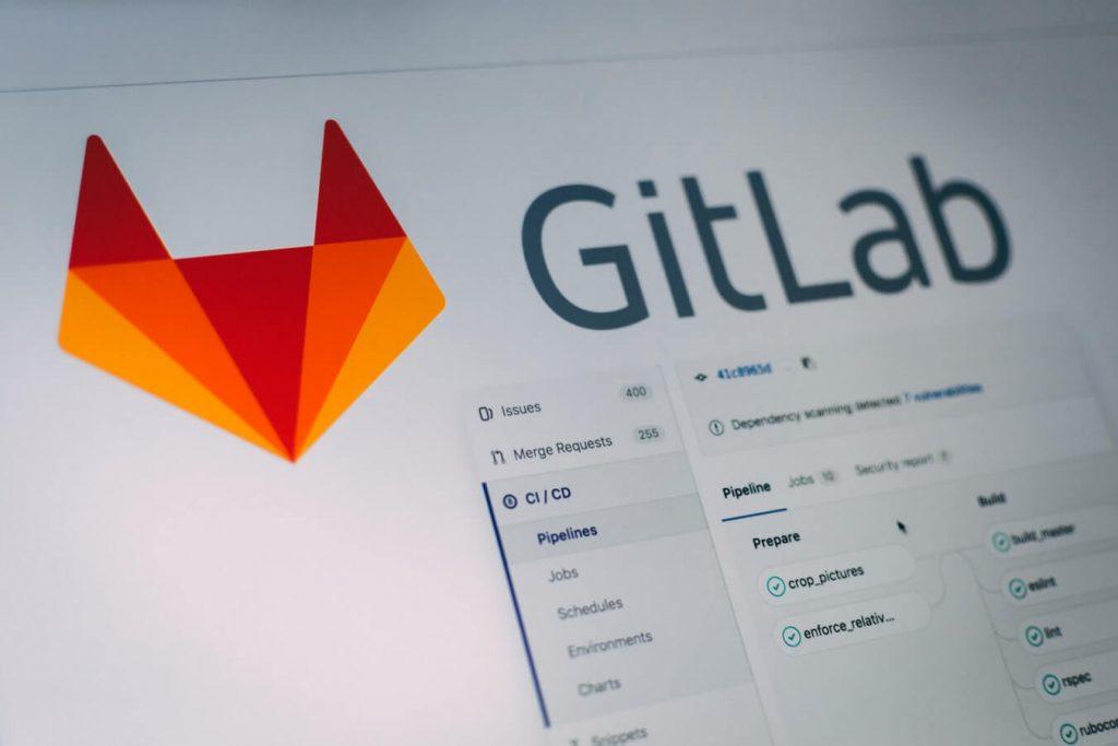 GIT statt Zertifikate: Ein Profil mit eigenen Projekten auf GitHub oder GitLab, bringt Bewerbern Sympathiepunkte bei der Bewerbung und erhöht damit die Chancen auf einen Einstieg in der IT.